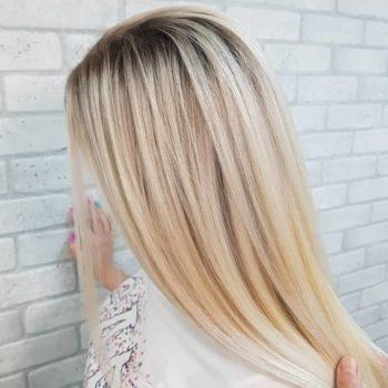 фото Осветление волос в салоне красоты