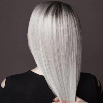 фото Осветление волос в студии маникюра