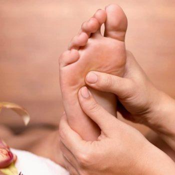 фото Массаж ног в студии красоты