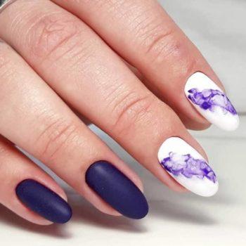 фото Акварель на ногтях в Familyart