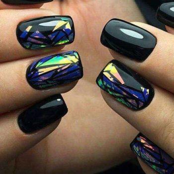 фото Дизайн битое стекло в студии красоты