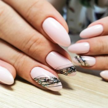 фото Паутинка на ногтях в Москве