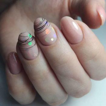 фото Паутинка на ногтях в Familyart
