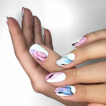 фото Акварель на ногтях на Нагатинской