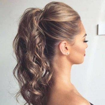 фото Укладки длинных волос в студии красоты