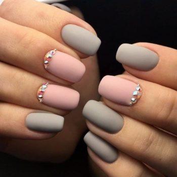 фото Наращивание ногтей на Полянке в салоне