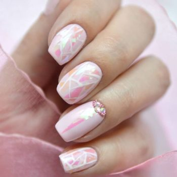 фото Наращивание ногтей на Калужской в салоне красоты